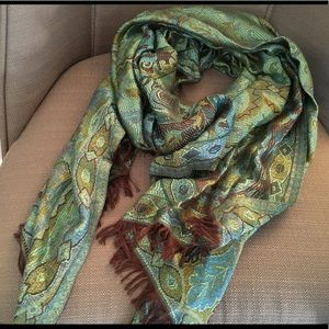 Accessories - Large Knit Scarf